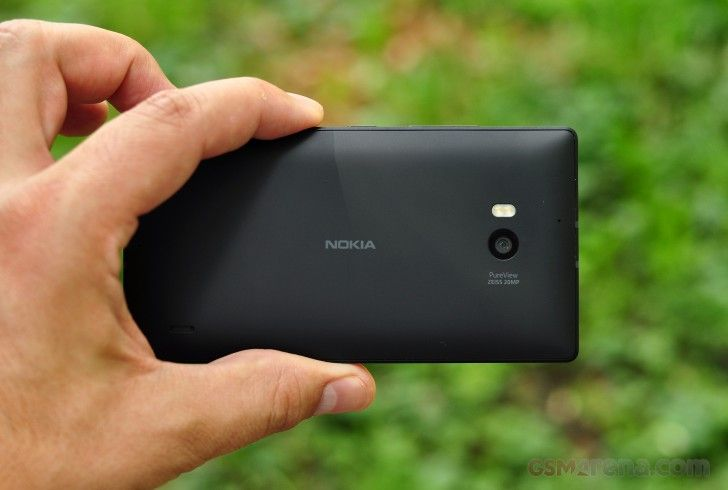 "#Nokia's upcoming flagship, to rock a 5.2"" or 5.5"" display!"