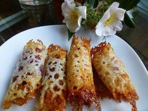 Canapés rollo de queso con jamón york