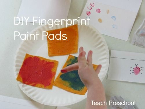 DIY fingerprint paint pads and bugs. Make your own stamp pad with a felt square and some paint!