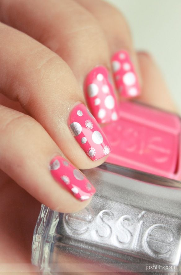ESSIE  Off the shoulder: Nails Style, Art Sur, Silver Nails, Polka Dots Nails, Dots Nails Art, Of Nails, Silver Dots, Essie Style, Nail Art