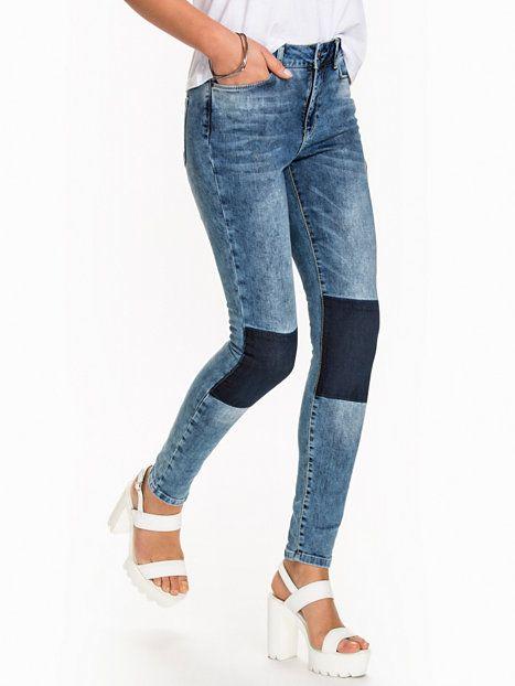 Vmseven Nw Super Slim Jeans Ba502 - Vero Moda - Blå - Jeans - Klær - Kvinne - Nelly.com