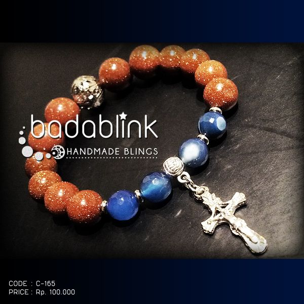 Gold sand stones, blue stones, and metal bracelet with metal cross charm | Material: natural stones and metal  | Length: 18-22 cm/7-9 inches   | Inquiries: facebook.com/badablink    | Line: badablink    | Email: hello@thebadablink.com