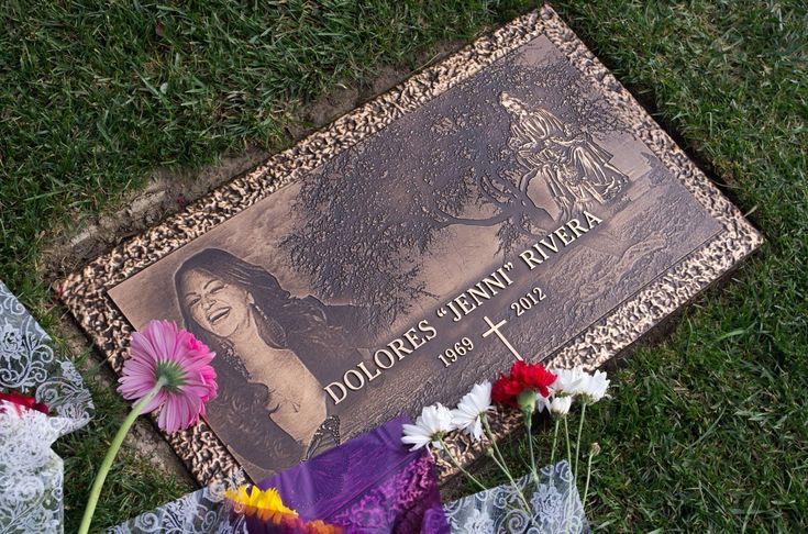 Jenni Rivera | Her Beautiful Grave (: