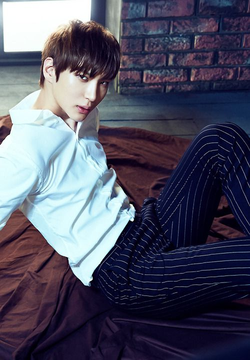 Brb gonna go to S.Korea and marry this boy Lol #Leo #Vixx #wishful thinking