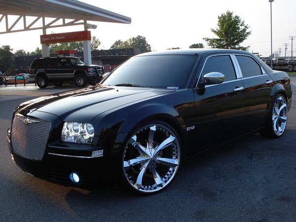 #SouthwestEngines Modified Chrysler 300 2005