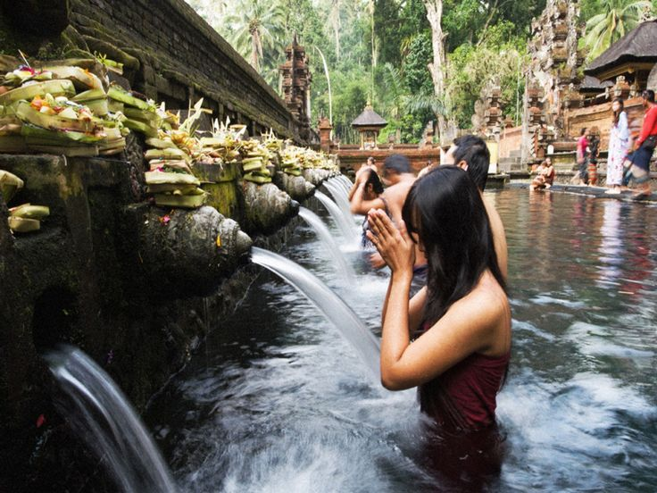 Tours to Ubud will very suitable for tourist that interesting to have more time to explore the culture and nature of Ubud. This tour will escort you on private car directly to the heart of Ubud. Ubud  - - YukmariGO.com