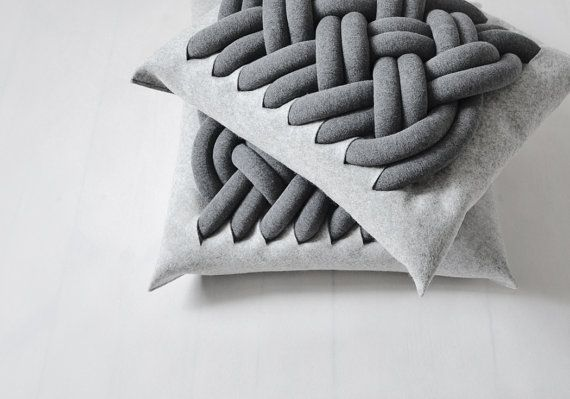 KNOTTY pillow