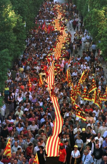 diada 2001 commemorant el primer 11 de Setembre de 1976 (celebrat a Sant. Boi)