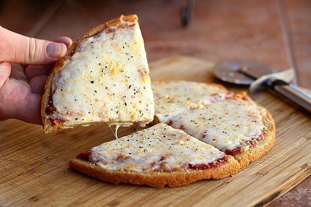 5 ingredient quinoa pizza crust+ link for 2 other vegan crusts