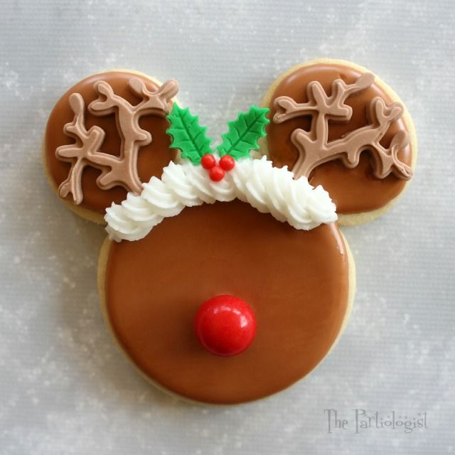 The Partiologist: Disney Themed Christmas Cookies!