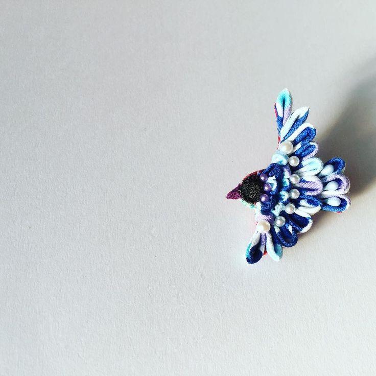 いいね!75件、コメント1件 ― はなうさぎさん(@hanausa_otumami)のInstagramアカウント: 「新作の幸せの青い鳥ブローチ販売致しました(о´∀`о)  #はなうさぎ屋#todaysspecial #today❤ #…」