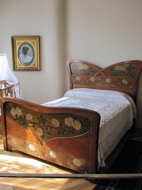 Art Nouveau bed