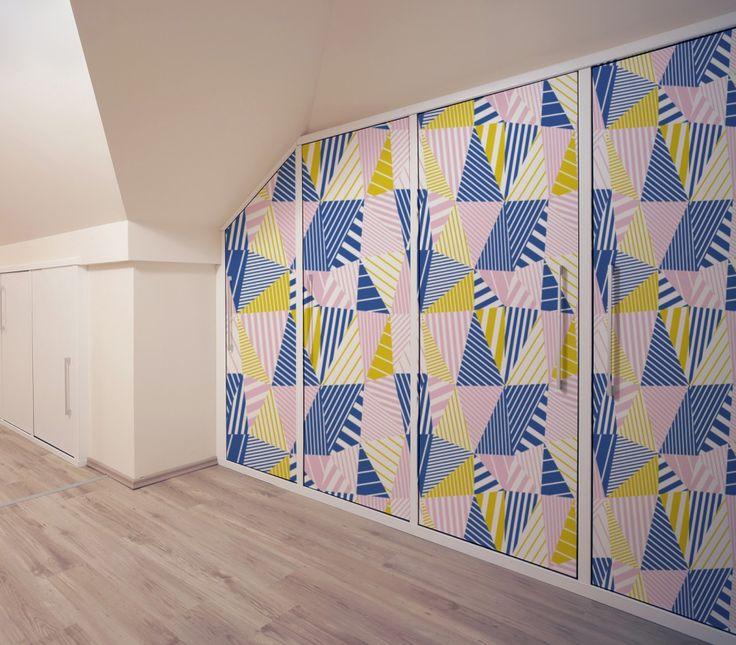 Les 25 meilleures id es concernant portes de placard peintes sur pinterest - Papier peint pour placard ...