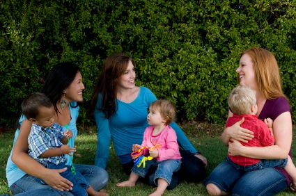 Playgroups & Parenting / Support Groups Guide for Kansas City Moms and Dads
