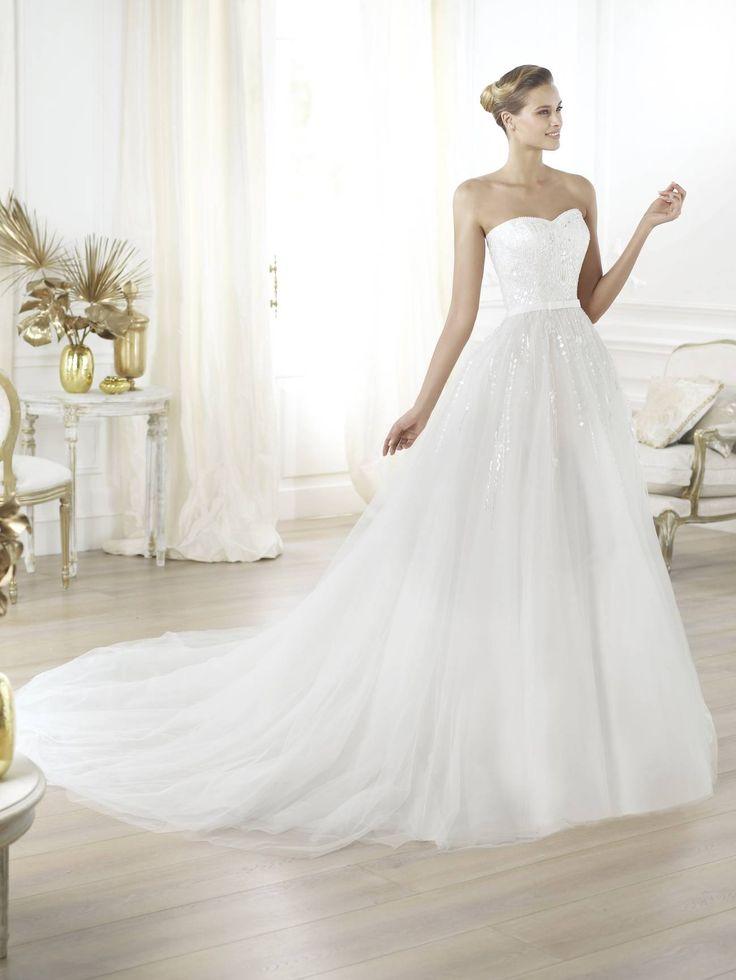 Layna Pronovias esküvői ruha Budapest - La Mariée szalon