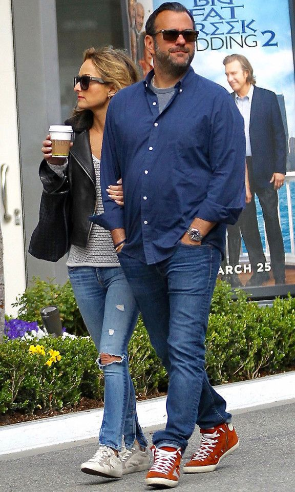 Giada De Laurentiis shops with boyfriend Shane Farley at the Grove in Hollywood on Sunday.