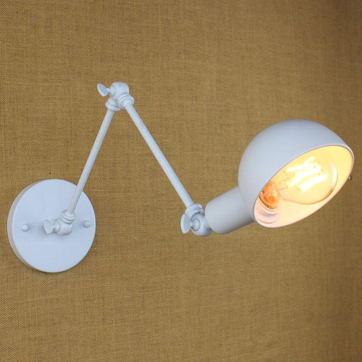 Historické nástenné svietidlo Bedside s nastaviteľným ramenom v bielej farbe je luxusné svietidlo v historickom štýle1