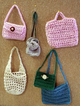 Crochet Pattern For Doll Purse : 25+ Best Ideas about Crochet Doll Clothes on Pinterest ...