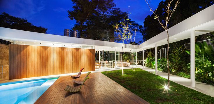 Gallery of Marquise House / FGMF - 1