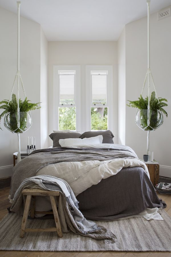 17 best ideas about zen bedroom decor on pinterest zen for Minimalist bedroom interiors
