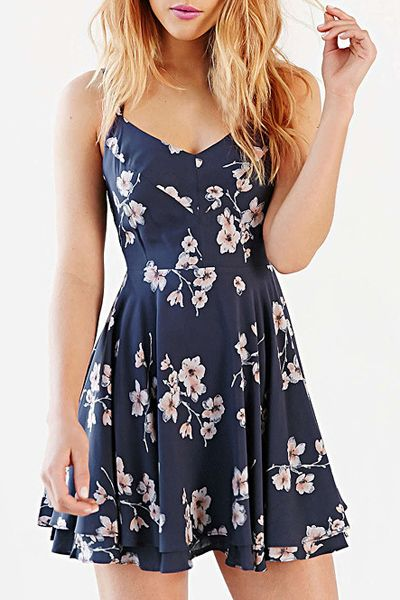 Women's Stylish Spaghetti Strap Backless Cut Out Print Dress http://shoestory.club/