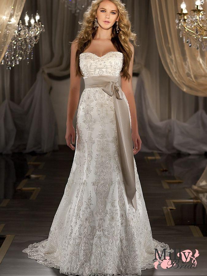 19 best Christmas Wedding images on Pinterest | Wedding dressses ...