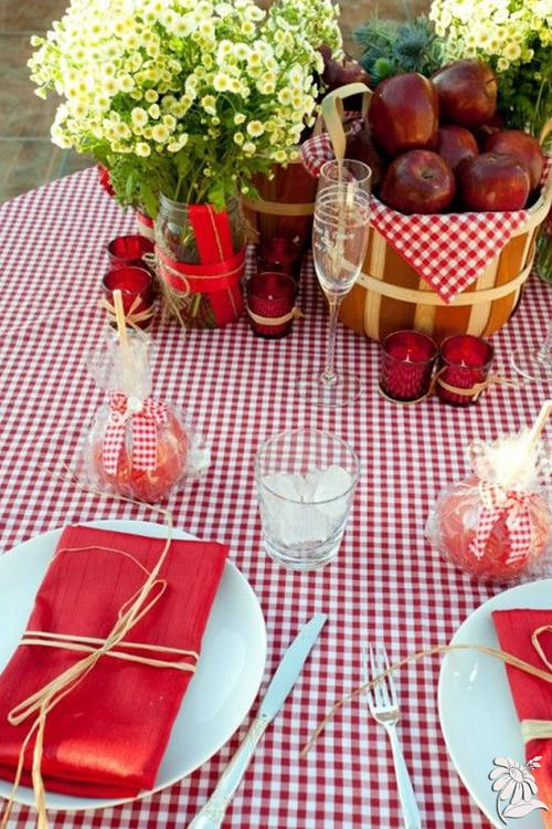Love the centerpieces, tablecloth, and the candied apples could be take home favors.