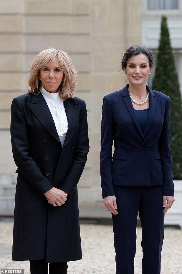 Queen Letizia And First Lady Brigitte Macron Match In Navy In Paris Queen Letizia Spanish Queen Royal Fashion