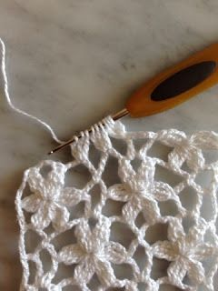 Crochet Lace Tiny Flowers Edgi  