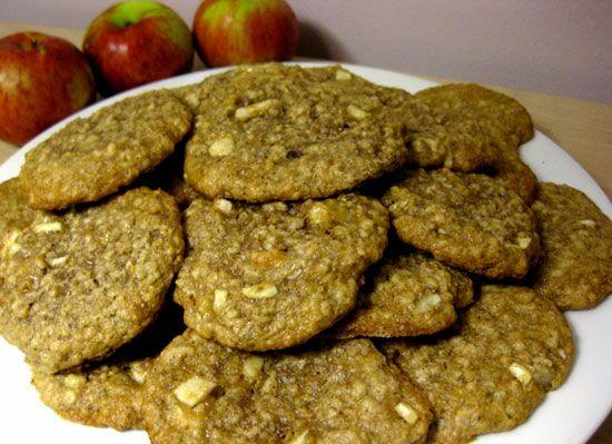 oatmeal, apple, flax, cookies
