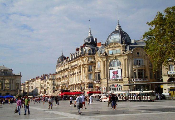 Montpellier, la place de la comédie dans le département de l'Hérault en région Occitanie
