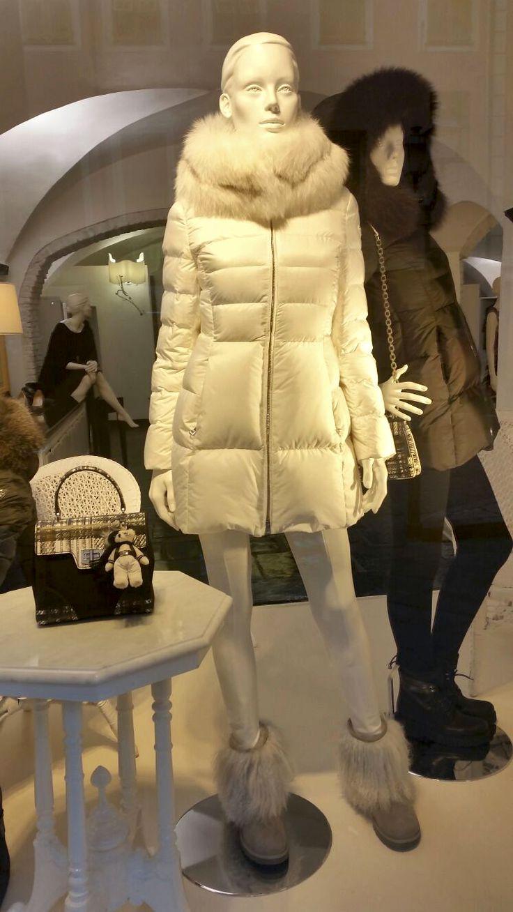 Nuovi Piumini Prada, collezione inverno 2015-16.