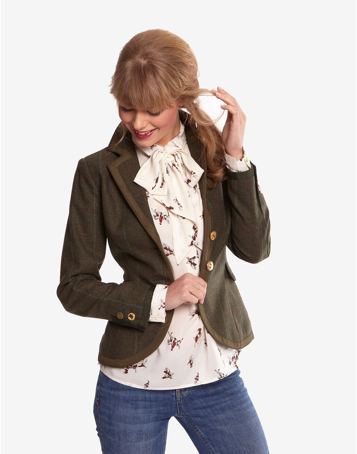 Well this whole look is just perfect. CHARING Womens ...