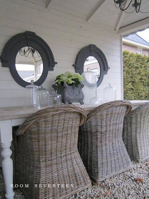 time to start flea-marketing for old chairs...would like this even more with mismatched chairs, i think