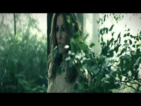Kirsty Bertarelli's #Green anthem supports #WWF through #iTunes release.    Net proceeds from iTunes downloads of the acoustic version of Green will be donated to WWF, download it here: http://itunes.apple.com/album/green/id506314114?l=en