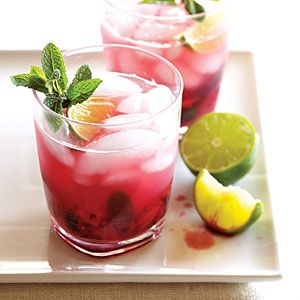 Blackberry Pineapple Mojito! Fell in love with the Pineapple Mojitos at the Monte Carlo in Vegas, let's hope this tastes even better!
