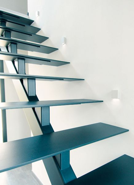 Escalier à Lille dans le Nord - Escalier métallique bois, limon, contemporain - Lauridant