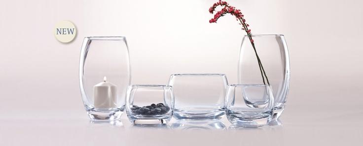 Magoonia - kolekce silnostěnných váz, sloužících i jako svícen