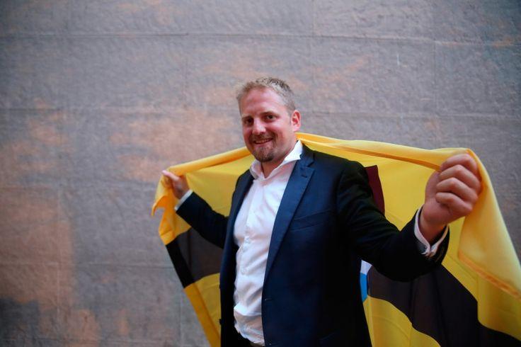 Modelo diferencialista: Se refiere a la concesión de derechos legales o constitucionales especiales a minorías y grupos étnicos. Escogí esta imagen porqué en el artículo se menciona que en Liberland el matrimonio homosexual será prohibido. Para mi este tipo de leyes violan los derechos ciudadanos y humanos.