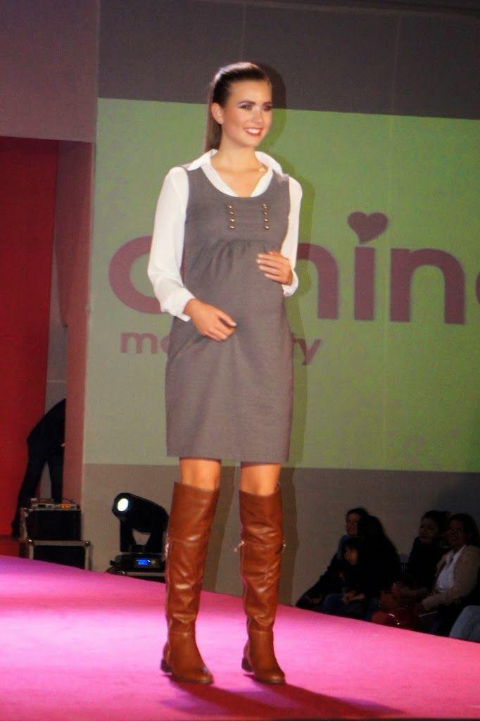#ropamaterna #maternityclothes jumper gris con camisa de #Athinamaternity, ropa de maternidad