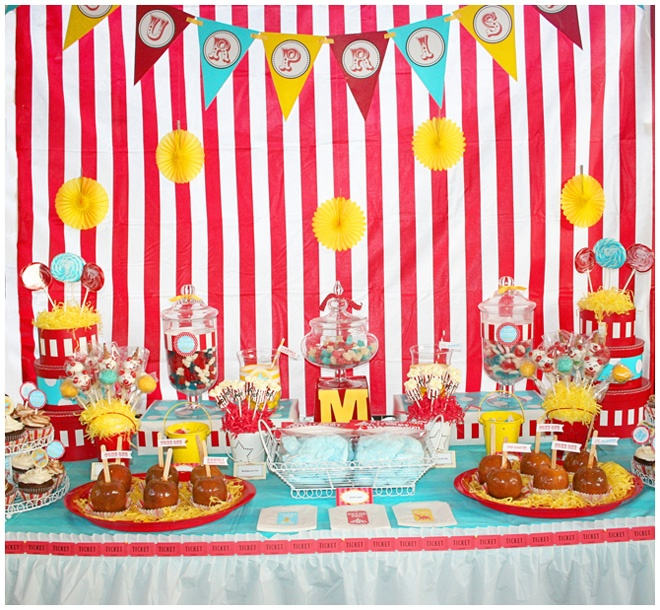 Table set up ideas for a carnival party.. great idea this will be my kids birthday theme this year.. exciting