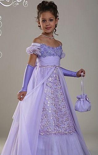 Статьи - Выпускные платья для детского сада: модно или дорого?