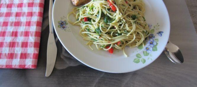 Spaghetti Olio Aglio E Peperoncini recept | Smulweb.nl