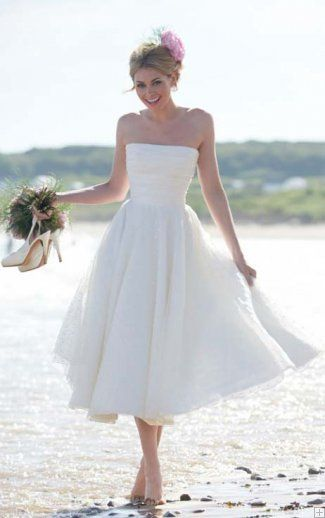 Charming Strapless Ruching Tea Length Tulle A-line Wedding Dress