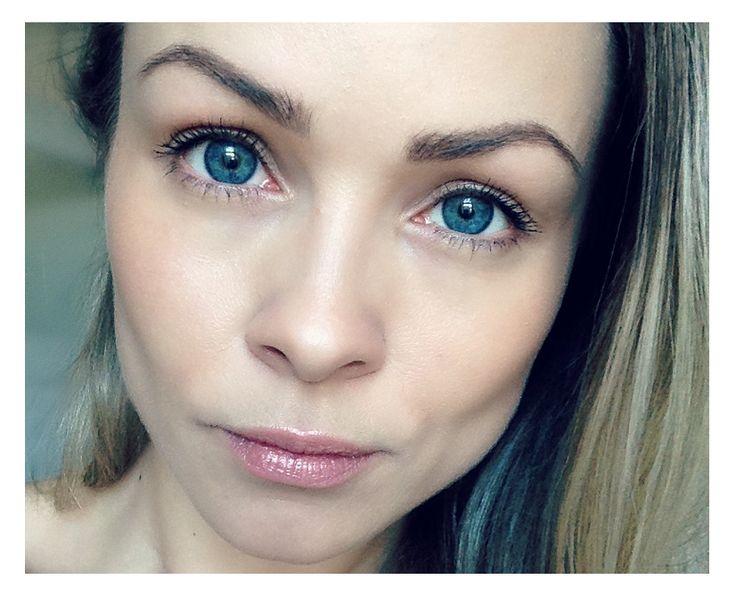 Karolina Kærsner | Naturlig Hudpleje Guide | KarolinaKaersner.com
