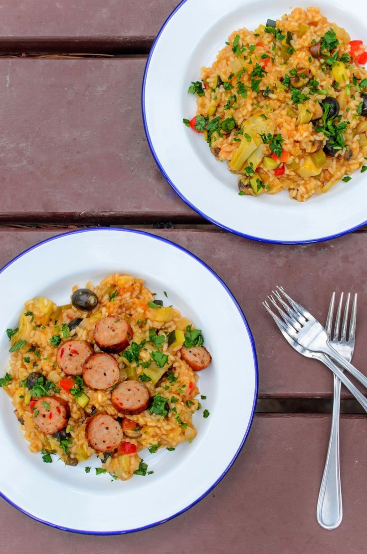 The Tiffin Box: Camping Recipes - Paella + A Falcon Enamelware Giveaway (Closed)