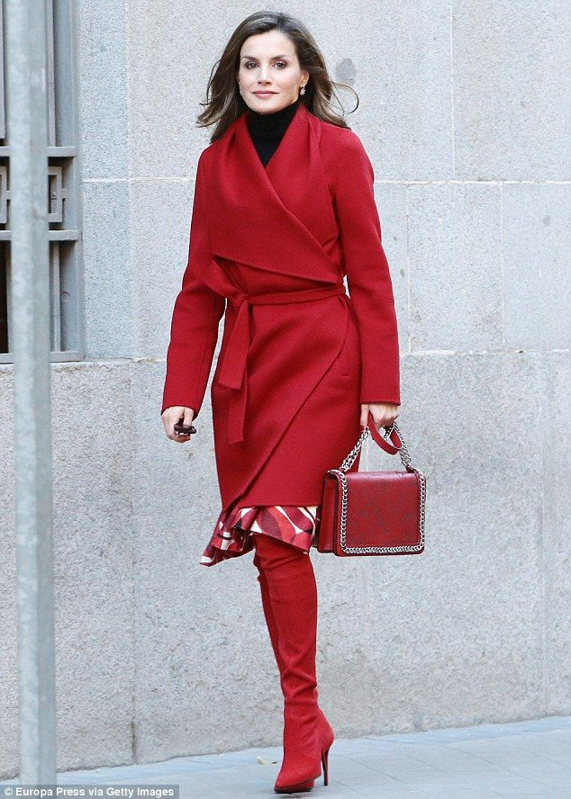 Queen Letizia dons her favourite red boots again in Madrid | Daily Mail Online
