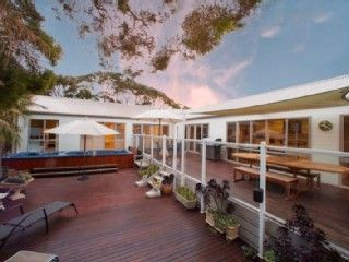 Stunning Sorrento Paradise. Prices from $457, sleeps 10.