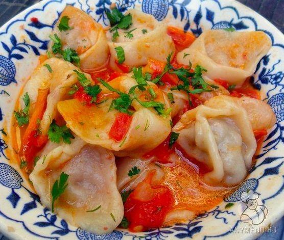 Чучварики - традиционное узбекское блюдо, по вкусу напоминают пельмени, но принцип приготовления немного другой. Пошаговый рецепт приготовления.