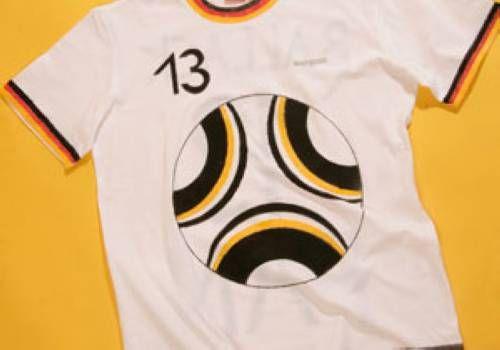 Kostenlose für Fußballfans: Fan-Trikot Deutschland zum Basteln